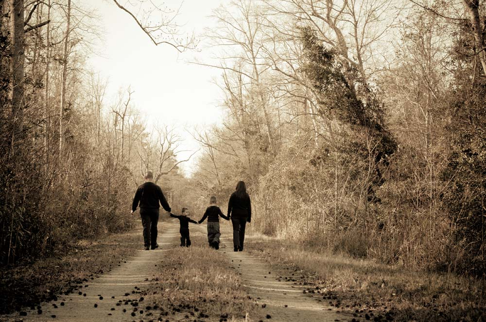 Suffolk Virginia Family Portrait on a trail on location with Virginia Beach Photographer