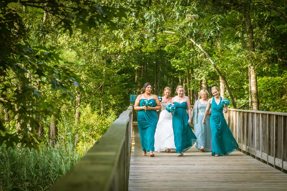 Virginia Aquarium wedding with bridal party