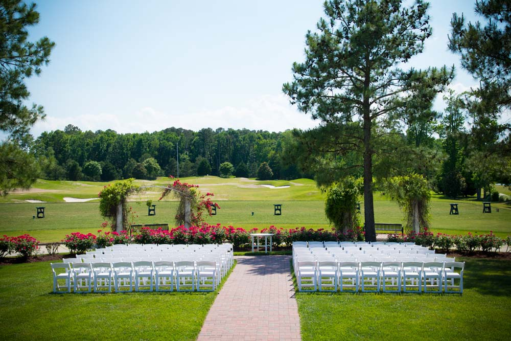 The signature golf course before a wedding in Virginia Beach Virginia