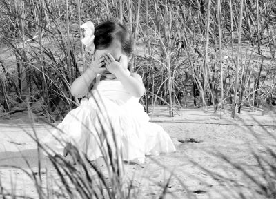 Peek a Boo children portrait in Virginia Beach