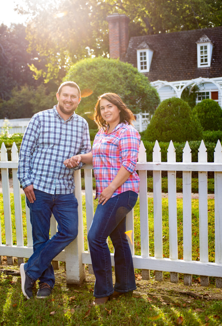 Destination Engagement session in Wiliamsburg Virginia. Virginia Beach Photographer with a couple at a destination engagement session.